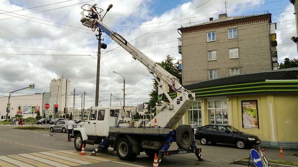 Установка освещения на улице Гагарина